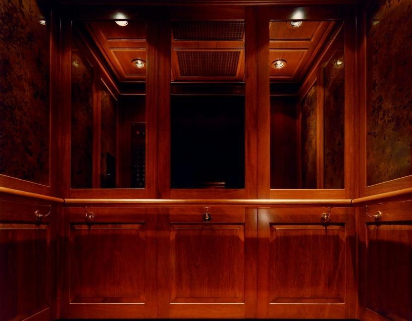 wide_elevator10